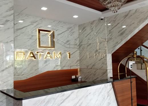 BATAM 1 HOTEL Batam - Receptionist