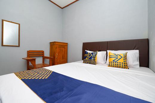 SPOT ON 2821 Griya Kawula Syariah Solo - Bedroom