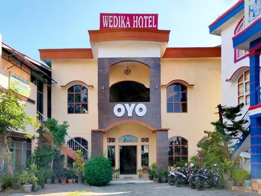 OYO 2994 Hotel Wedika Bengkulu - Facade