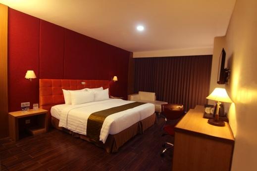 Merapi Merbabu Hotel Jogja - Executive Balconny
