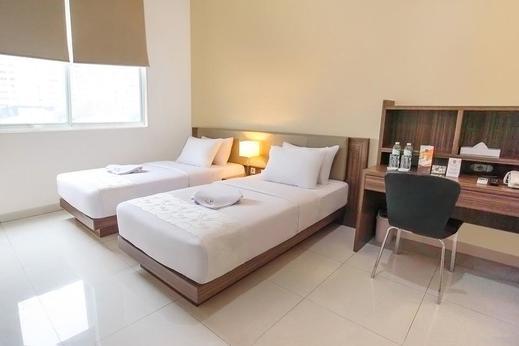 LeGreen Suite Gatot Subroto Pejompongan V - Bedroom