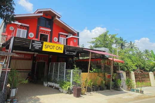 SPOT ON 1587 Graha Homestay Payakumbuh - Facade