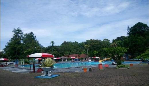 Grand Cempaka Resort Puncak - Pool