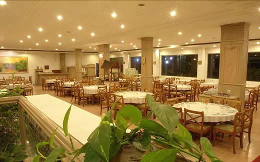Sinabung Hills Resort Karo - Restaurant