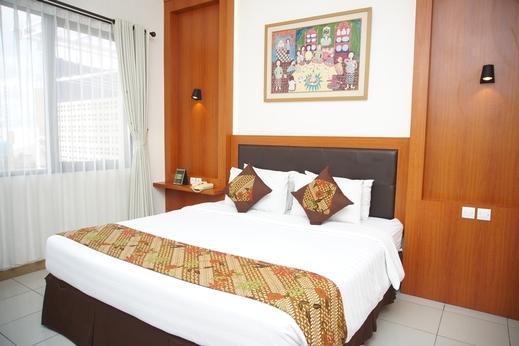 Griya Sentana Malioboro Hotel Yogyakarta - Deluxe Room
