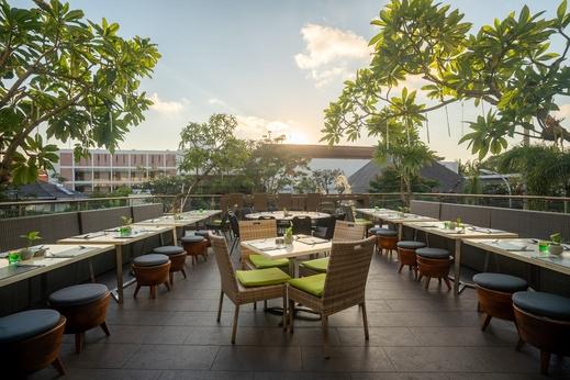 Eden Hotel Bali - Lounge 360 & Bistro