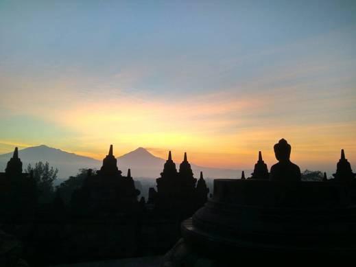 Manohara Hotel Borobudur Magelang - Sunrise