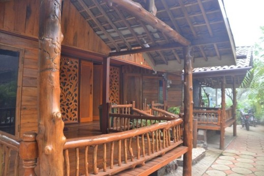 Homestay Kayu Manis Jogja - Hotel Around