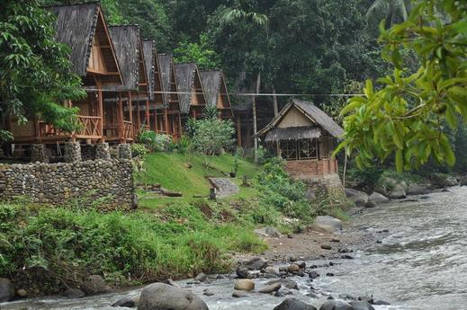 ArusLiar Kampoeng Ngaloen Sukabumi - Kampung Ngaloen