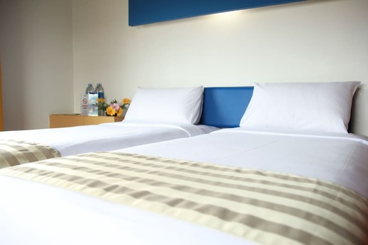 Sparks Hotel Mangga Besar Jakarta - Room
