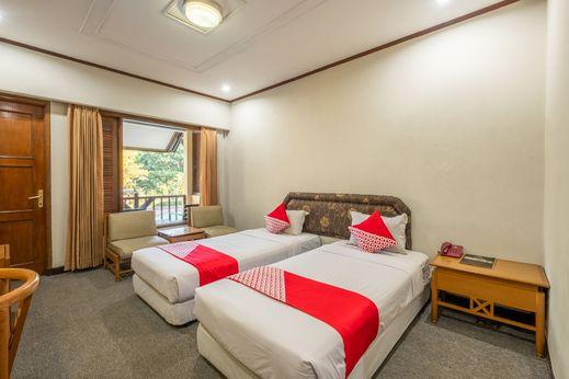 Capital O 1256 Sangga Buana Resort & Convention Hotel Cianjur - Bedroom