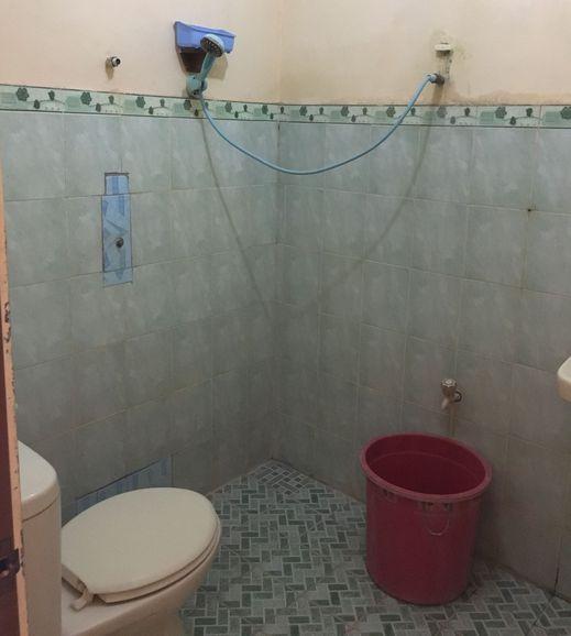 Hotel Gandung Yogyakarta - Bathroom