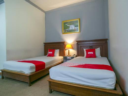 OYO 3031 Hotel Regenerasi Banjarmasin - Bedroom