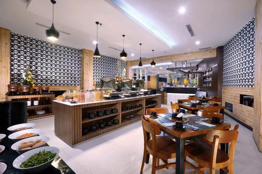 Hotel Neo Dipatiukur by ASTON Bandung - Restaurant