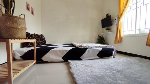 Surabaya Homey near ITS [Syariah] Surabaya - Deluxe Room