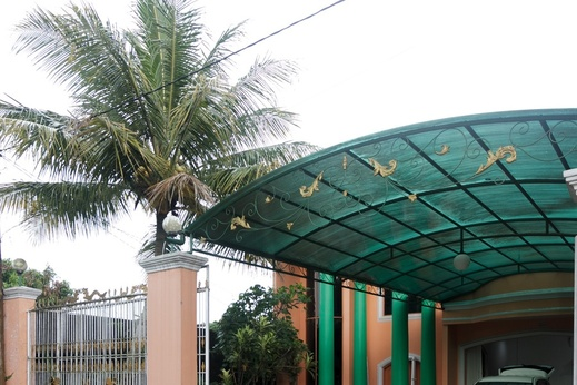 RedDoorz Syariah near Exit Toll Puncak Puncak - Bangunan Properti