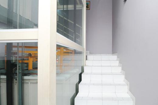 Sky Residence Mangga Besar 2 Jakarta Jakarta - Stairs