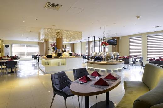 Crown Prince Hotel Surabaya - AVALLON RESTAURANT