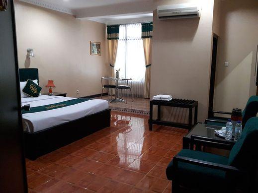 Hotel Susana Baru Tegal - Bedroom