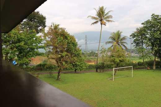 Taurus Resort Sukabumi - Lapangan Sepak Bola
