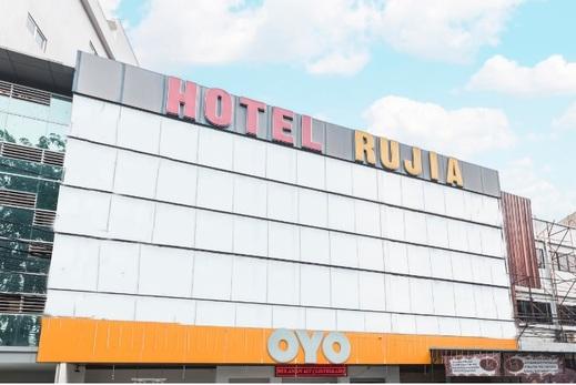 OYO 773 Hotel Rujia Jakarta - facade