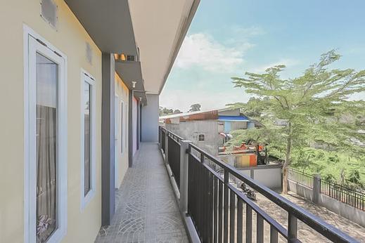 RedDoorz @ Pelangi Guest House Balikpapan - Photo