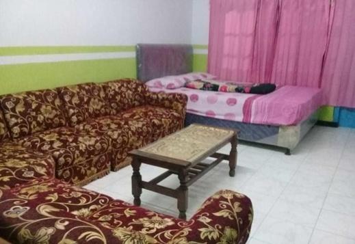 Bromo Authentic Homestay Probolinggo - Interior
