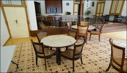 Colonial House Cirebon - interior