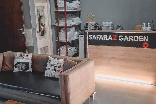 Safaraz Garden Homestay Bekasi - Photo