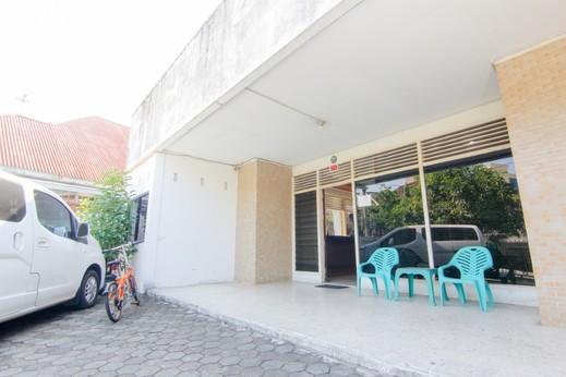 Lestari Guesthouse Padang - Ext