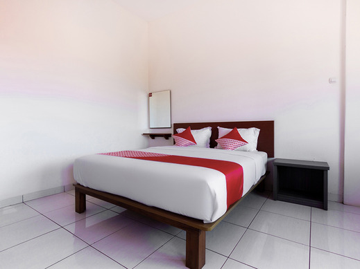 Capital O 3142 Bright Hotel Pangandaran - Suite Family
