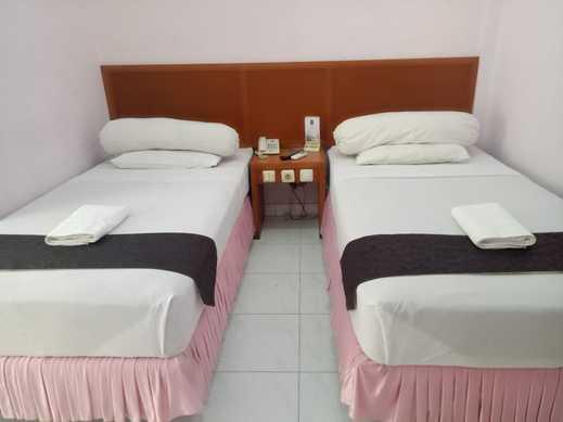 Grand City Hotel Kota Gorontalo - superior room