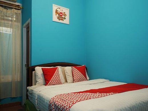 OYO 923 Penginapan Balai Sultan Pangkalpinang - Bedroom