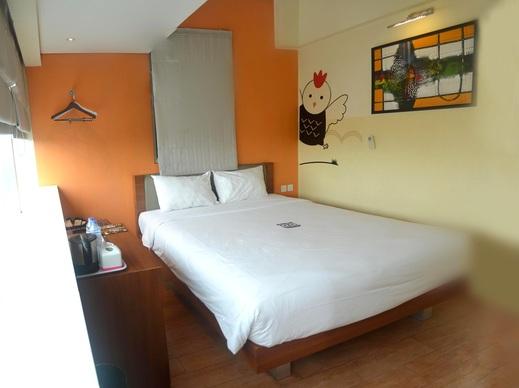 Nite & Day Jakarta Bandengan - Sunshine Double Room