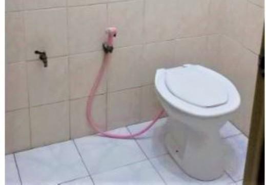 Penginapan Meli Surabaya - Bathroom