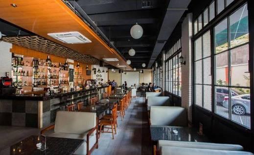 D'Green Hotel Makassar - Restoran