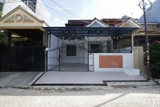 Airy Eco Syariah Bandara Soetta Taman Mahkota Dua Tangerang - Hotel Front