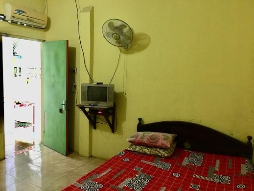 Losmen Prasetyo Yogyakarta - Bedroom