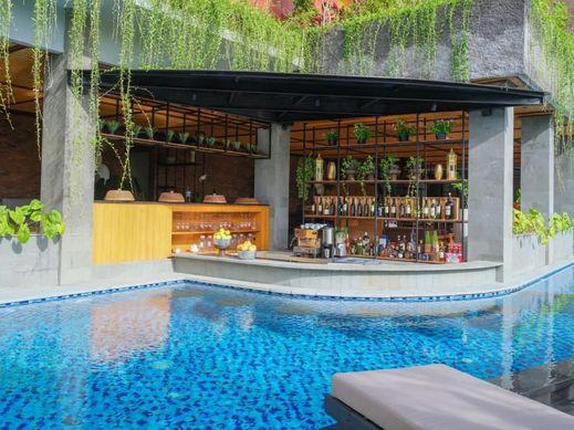 Kayumas Seminyak Resort Bali - Pool