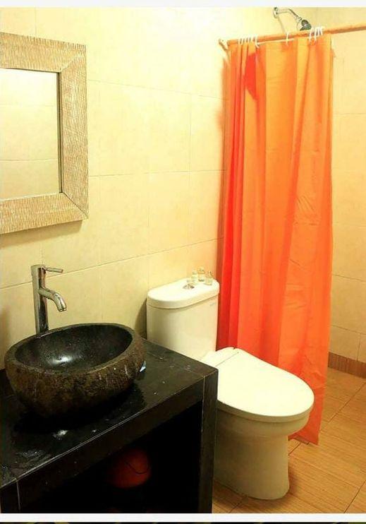 Caldera River Resort Villa Sukabumi - Bathroom