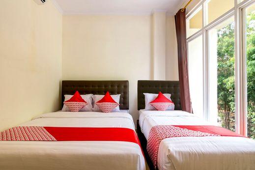 OYO 1431 Travel-inn Yogyakarta - Bedroom