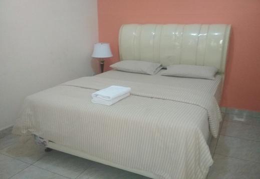Sapo Karo Rest House Karo - Room