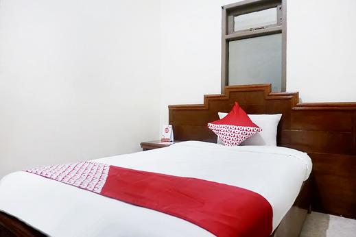 OYO 627 Tirta Kencana Syariah Pekanbaru - Guestroom