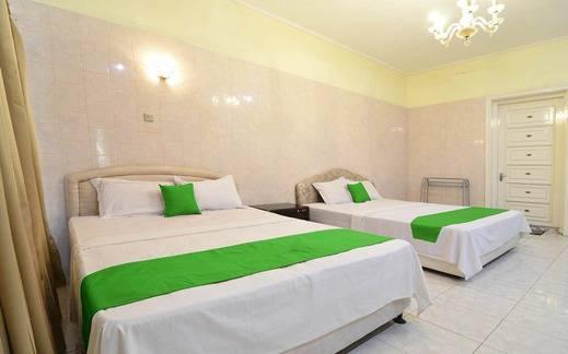 Hotel Kusuma Solo - Room
