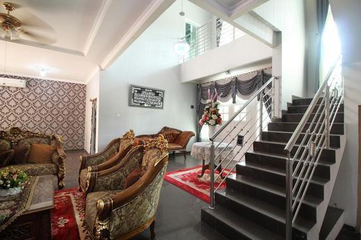 Airy Eco Syariah Simpang Jam Gajah Mada Puri Casablanca Batam - Others