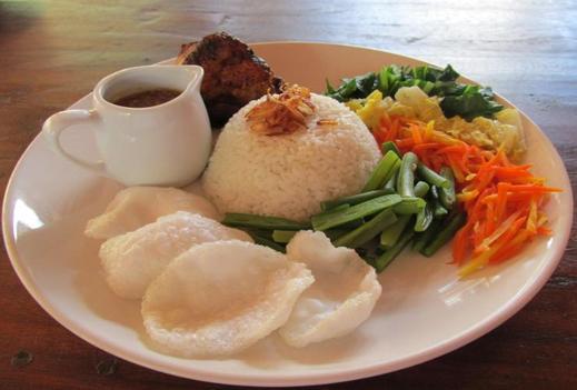 Cempaka Villa Magelang - Meals