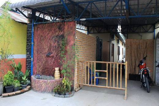 Amelia Guest House Deli Serdang - Area parkir