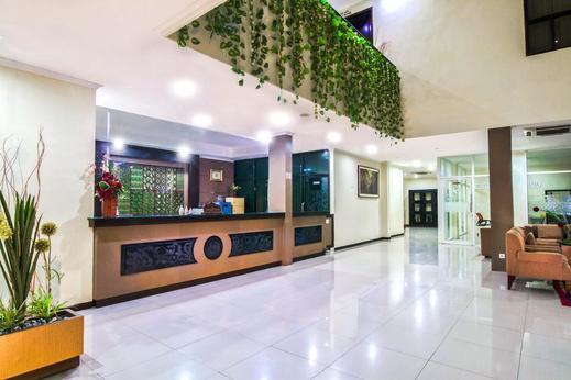 Hotel Griya Dharma Kusuma Bojonegoro - lobby