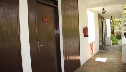 Theme Park & Resort Hotel Pantai Cermin Serdang Bedagai - interior