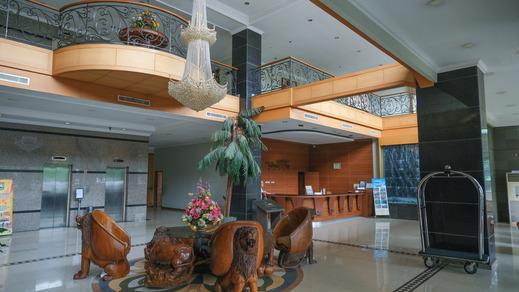 Grand Mangku Putra Hotel Cilegon - Lobi Hotel